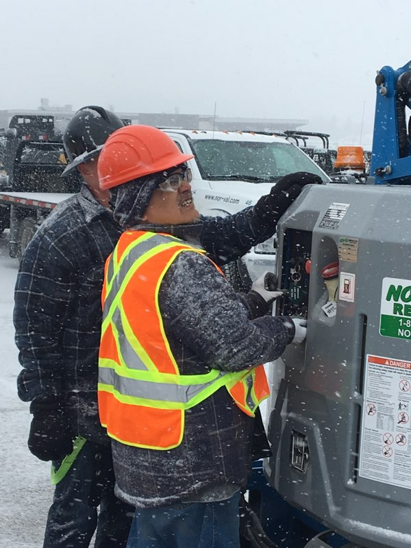 Crane operator training in the snow